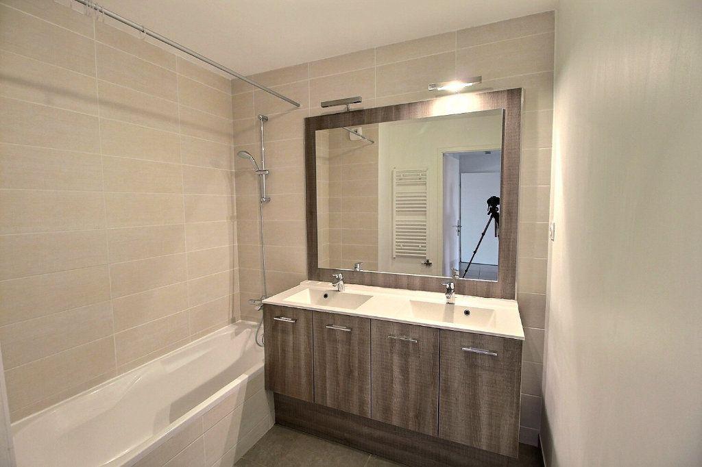 Appartement à vendre 4 91m2 à Chens-sur-Léman vignette-6