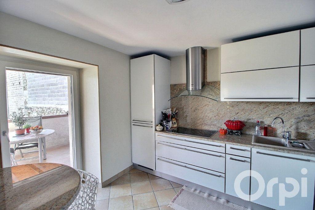 Appartement à vendre 4 86m2 à Veigy-Foncenex vignette-2