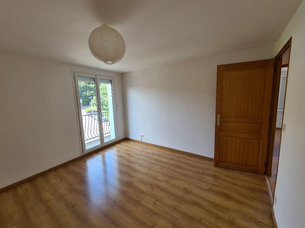 Appartement à louer 4 93.18m2 à Excenevex vignette-6