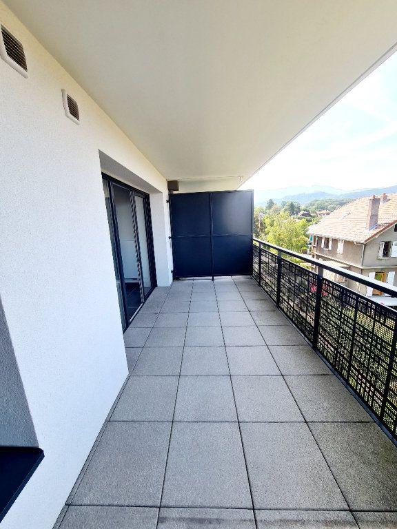 Appartement à louer 3 68.59m2 à Thonon-les-Bains vignette-2
