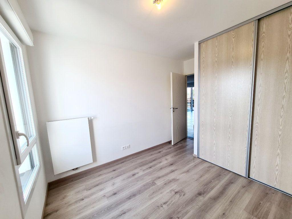 Appartement à louer 3 68.59m2 à Thonon-les-Bains vignette-5
