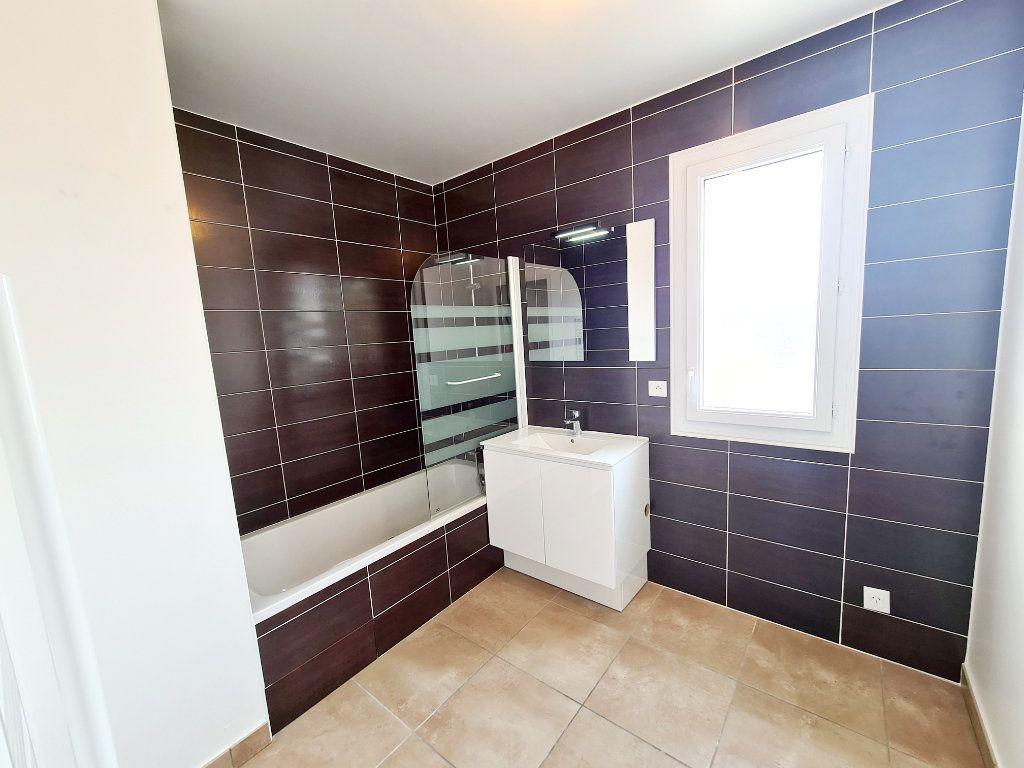 Appartement à louer 3 68.59m2 à Thonon-les-Bains vignette-6