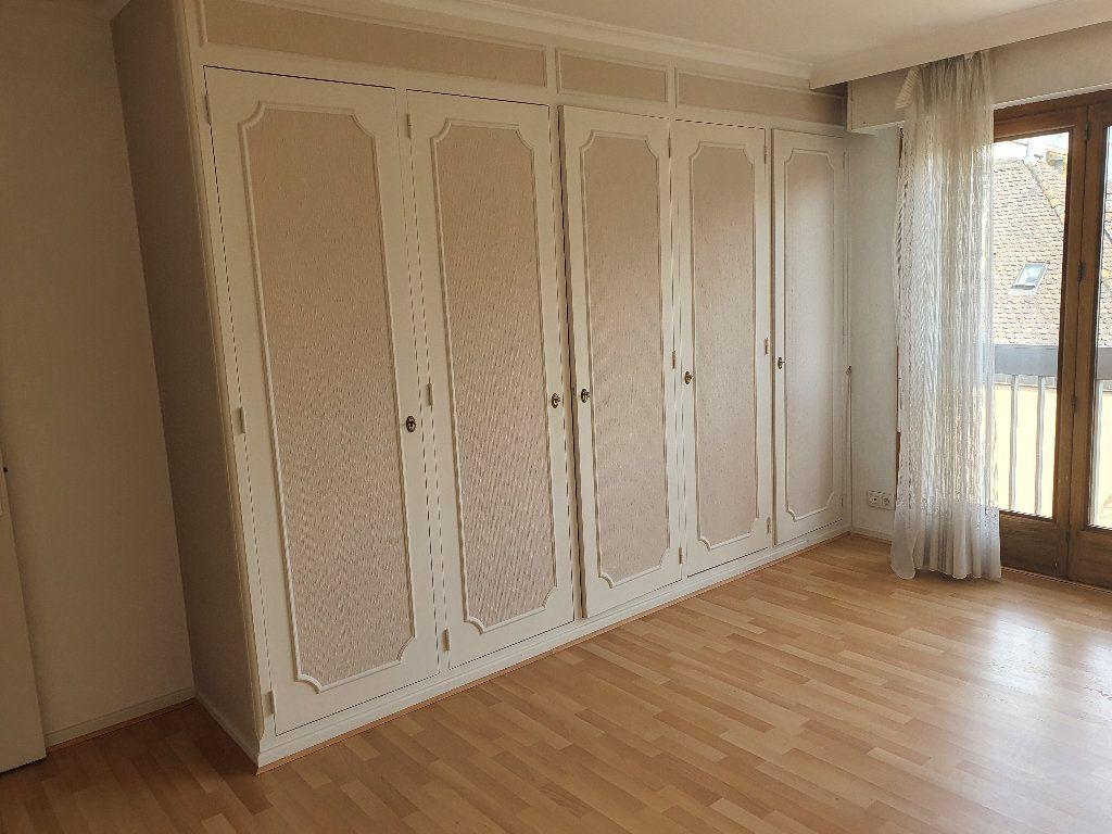 Appartement à louer 4 98m2 à Thonon-les-Bains vignette-1