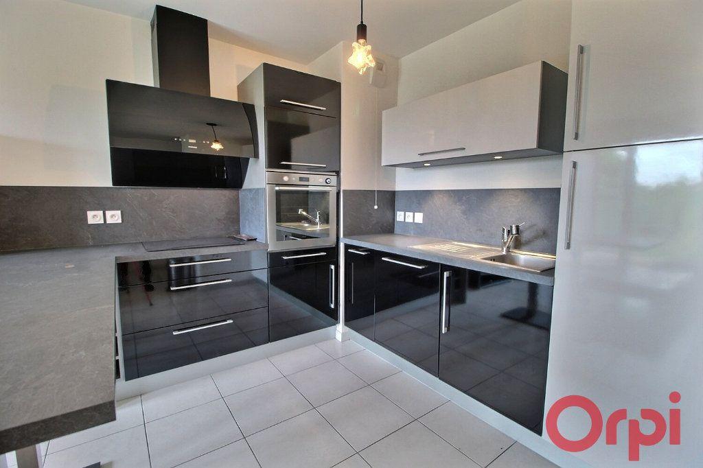 Appartement à louer 2 47.71m2 à Chens-sur-Léman vignette-2