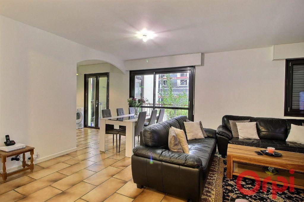 Appartement à louer 4 87.65m2 à Messery vignette-1