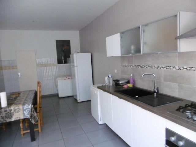 Maison à vendre 9 287m2 à Avignon vignette-3