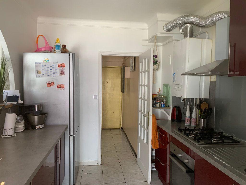 Appartement à vendre 3 83.35m2 à Avignon vignette-3