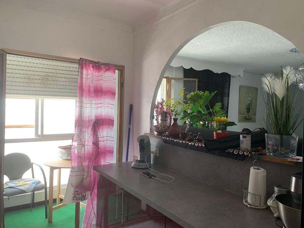 Appartement à vendre 3 83.35m2 à Avignon vignette-4