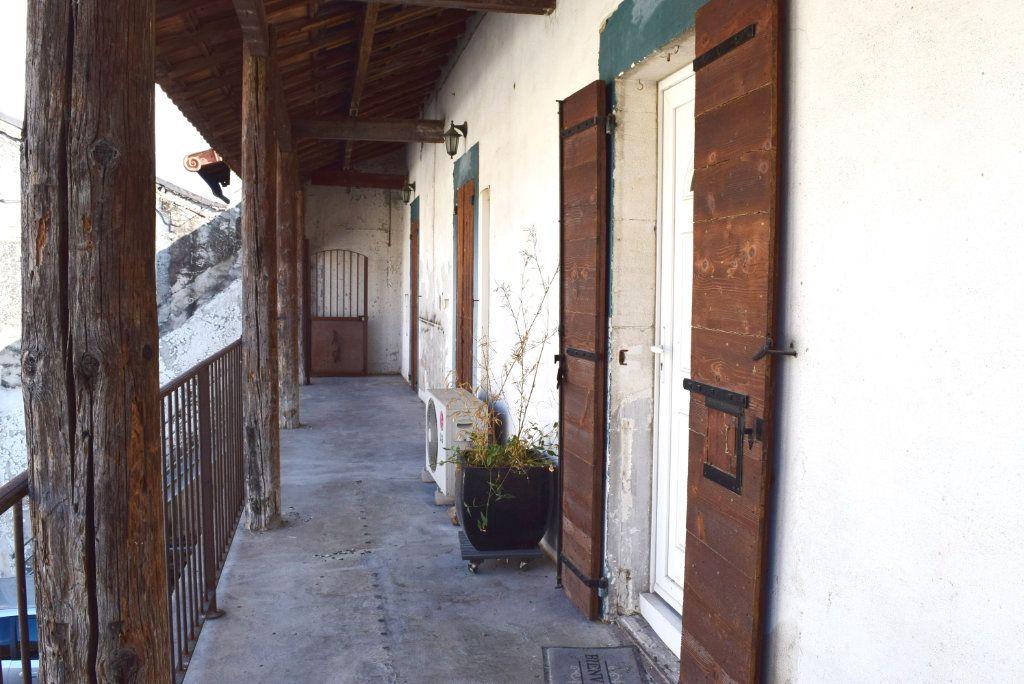 Appartement à vendre 3 84m2 à Avignon vignette-6