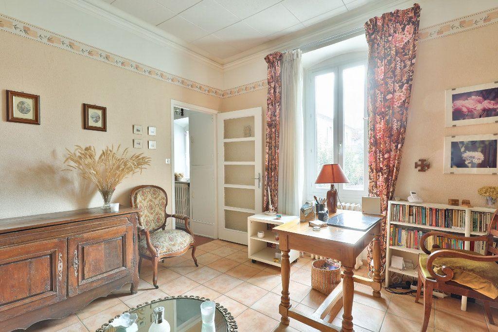 Maison à vendre 4 122m2 à Avignon vignette-4