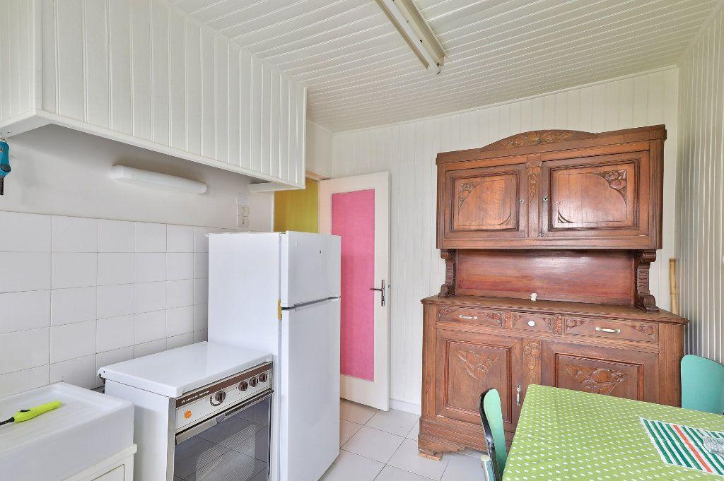 Maison à vendre 4 122m2 à Avignon vignette-10