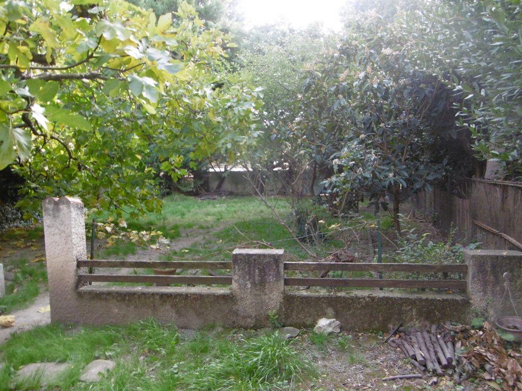 Maison à vendre 3 67.75m2 à Villeneuve-lès-Avignon vignette-1