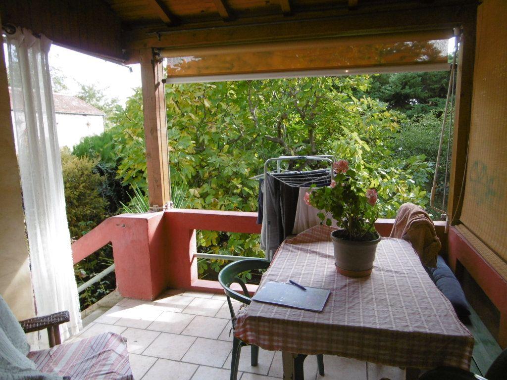 Maison à vendre 3 67.75m2 à Villeneuve-lès-Avignon vignette-2