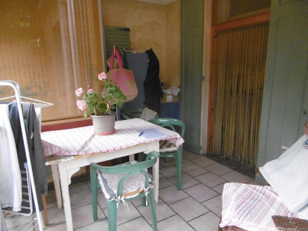 Maison à vendre 3 67.75m2 à Villeneuve-lès-Avignon vignette-3