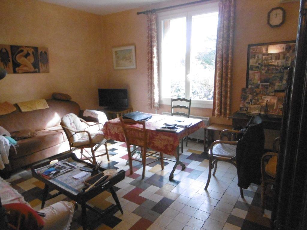 Maison à vendre 3 67.75m2 à Villeneuve-lès-Avignon vignette-4