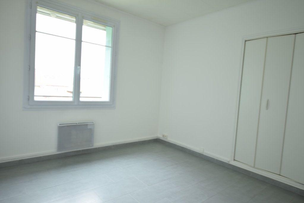 Appartement à vendre 4 77m2 à Avignon vignette-6