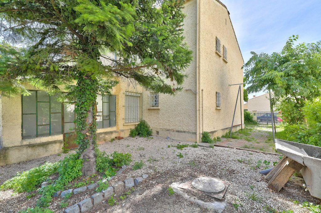Maison à vendre 5 107m2 à Avignon vignette-3