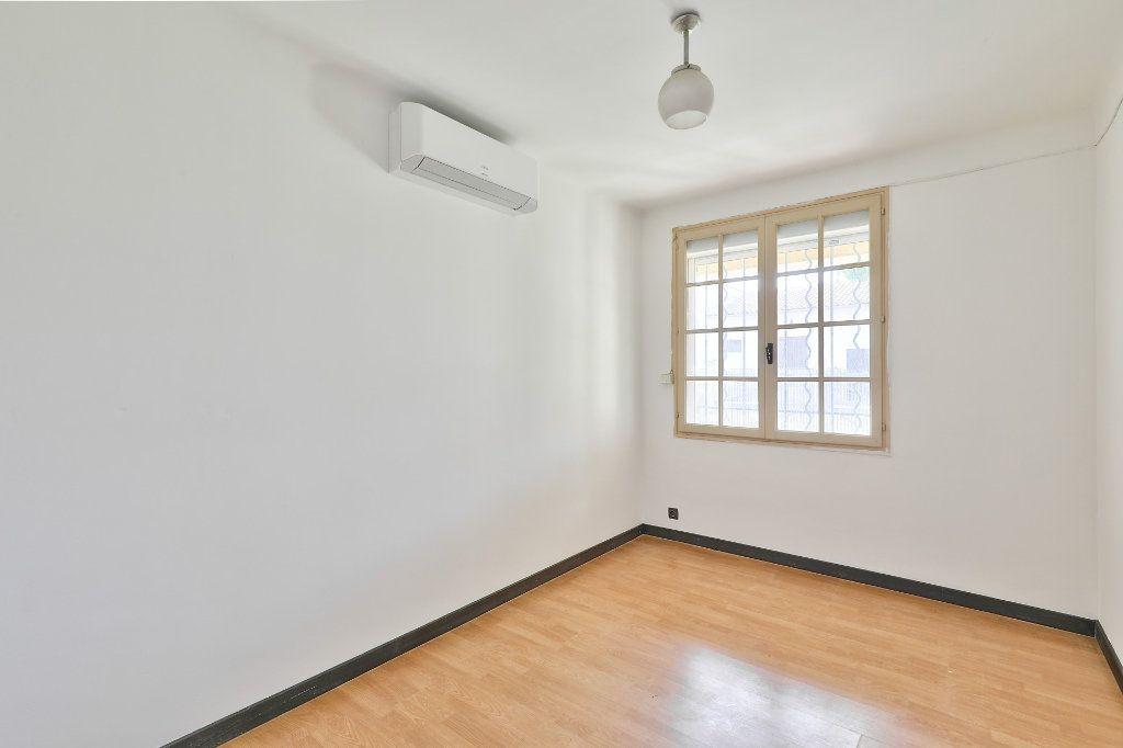 Maison à vendre 5 107m2 à Avignon vignette-9