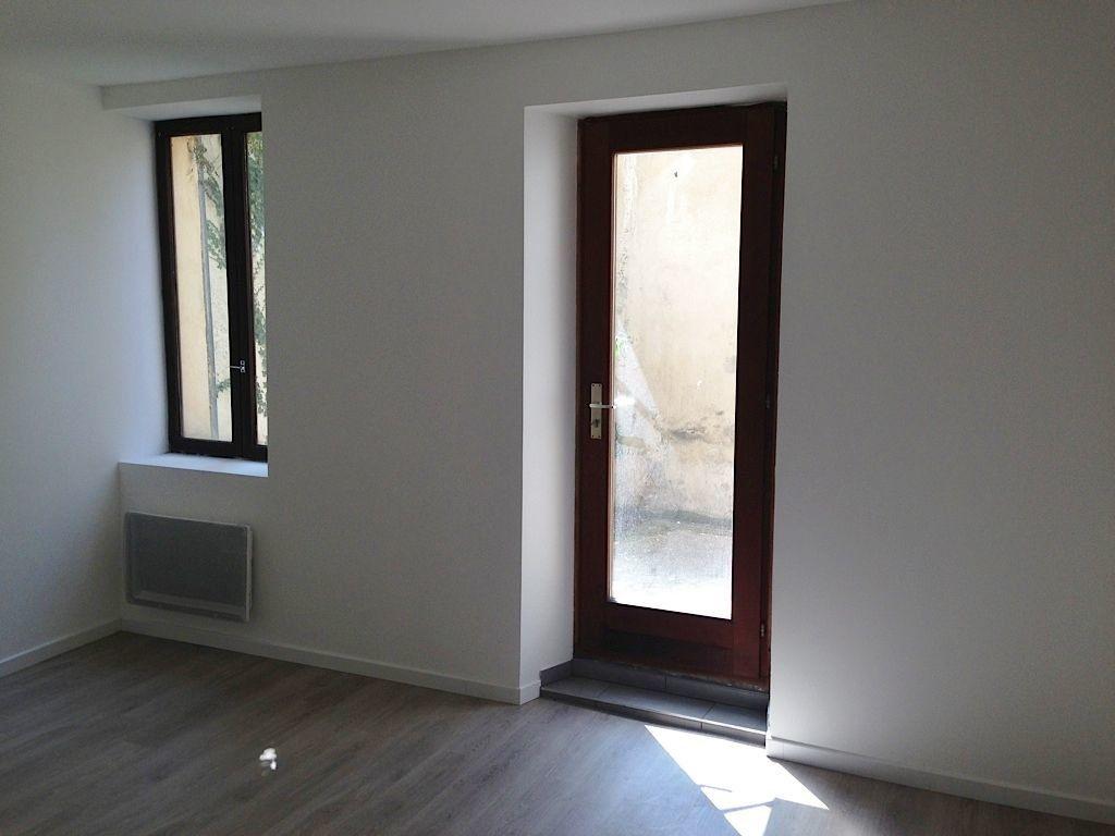 Appartement à louer 2 35m2 à Nancy vignette-3