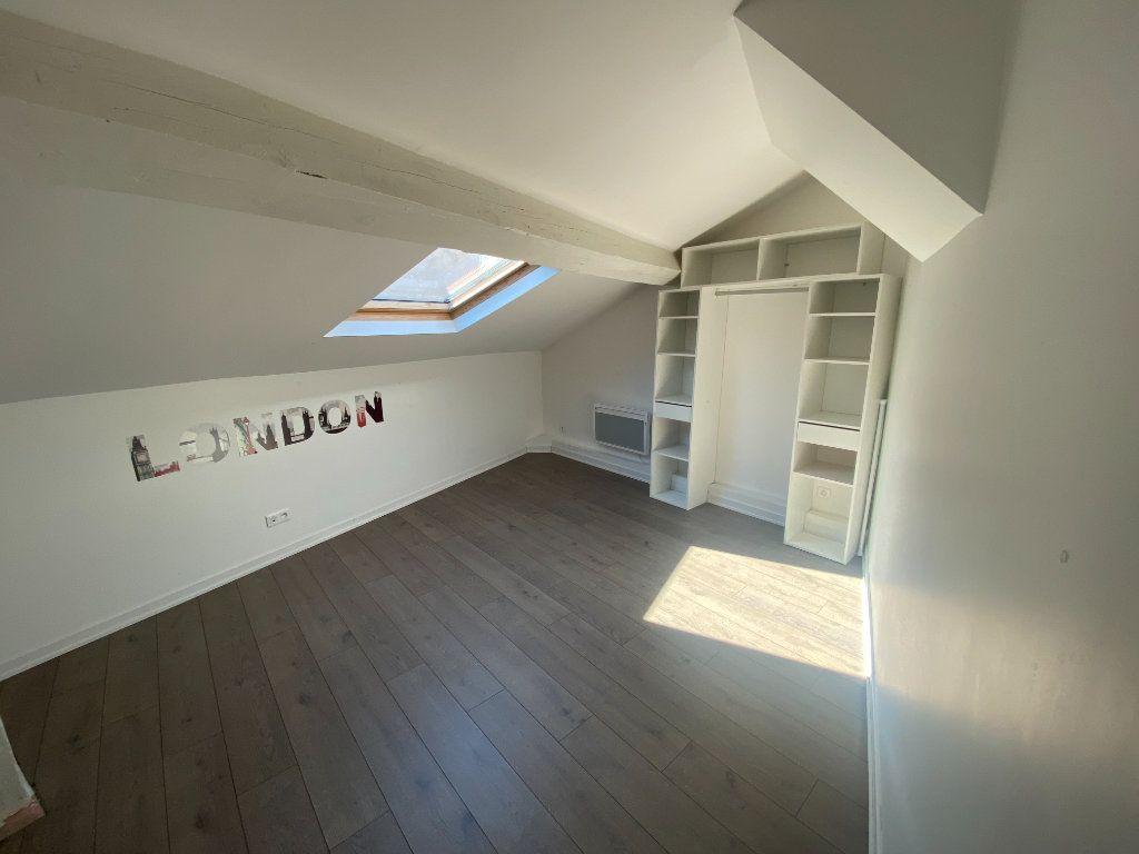 Appartement à louer 4 105.89m2 à Nancy vignette-4