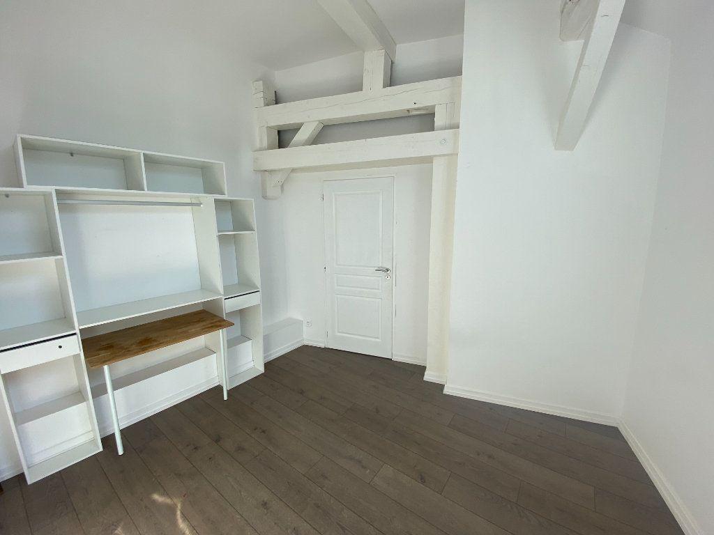 Appartement à louer 4 105.89m2 à Nancy vignette-5