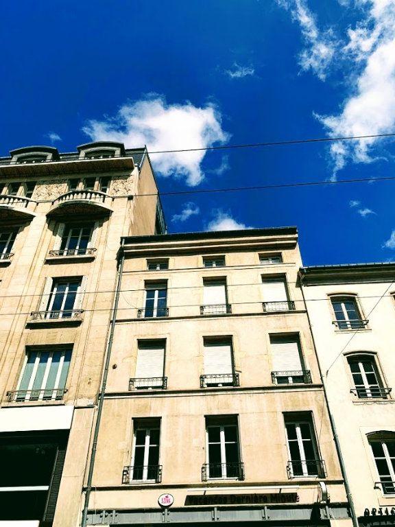 Appartement à louer 3 76m2 à Nancy vignette-7