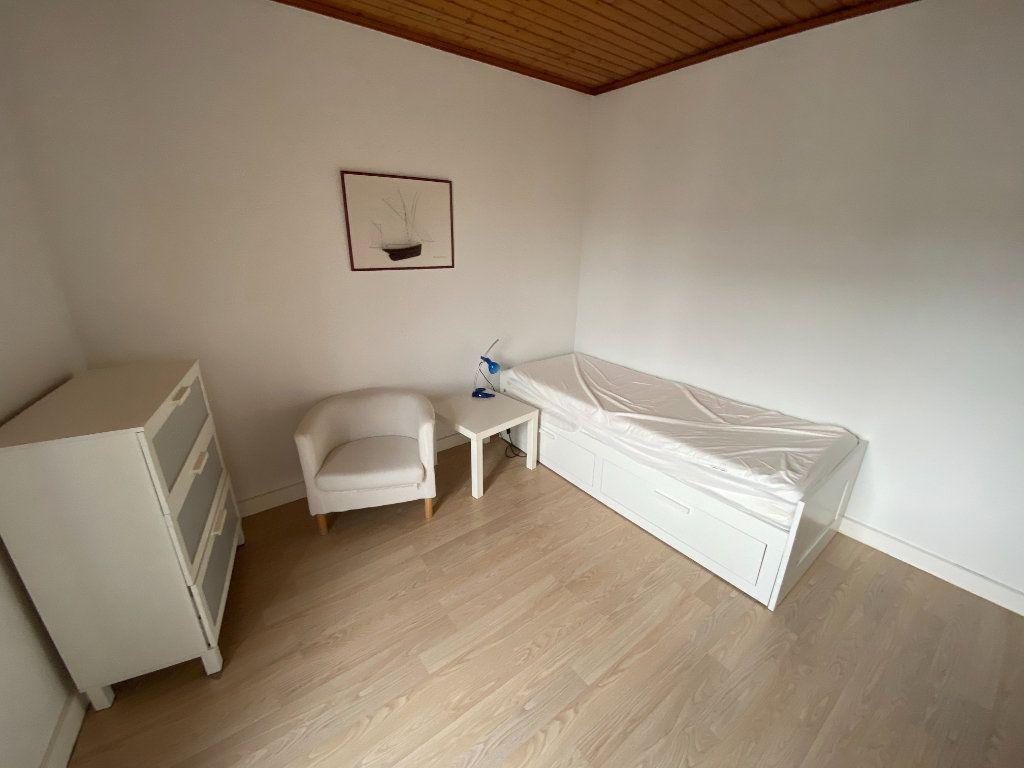 Appartement à louer 1 31m2 à Nancy vignette-2