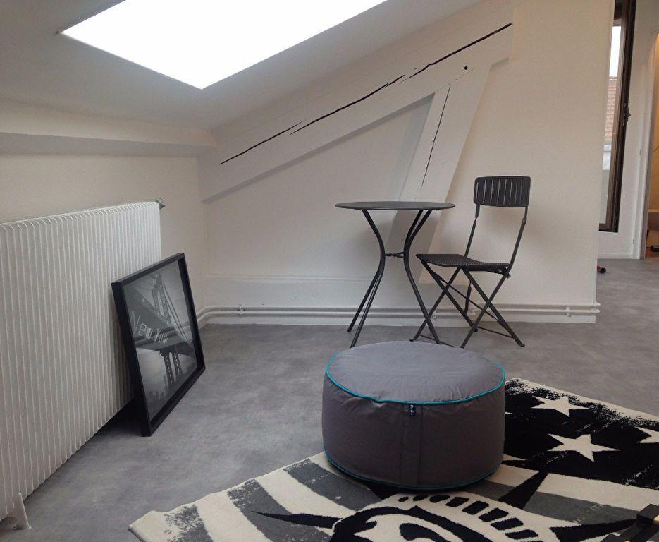 Appartement à louer 1 14.7m2 à Nancy vignette-3