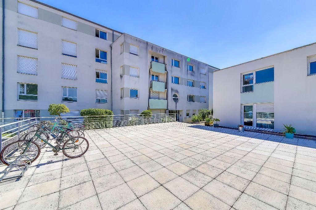 Appartement à vendre 1 23m2 à Nancy vignette-1