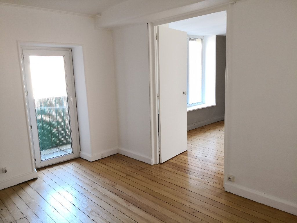 Appartement à louer 2 40m2 à Nancy vignette-1