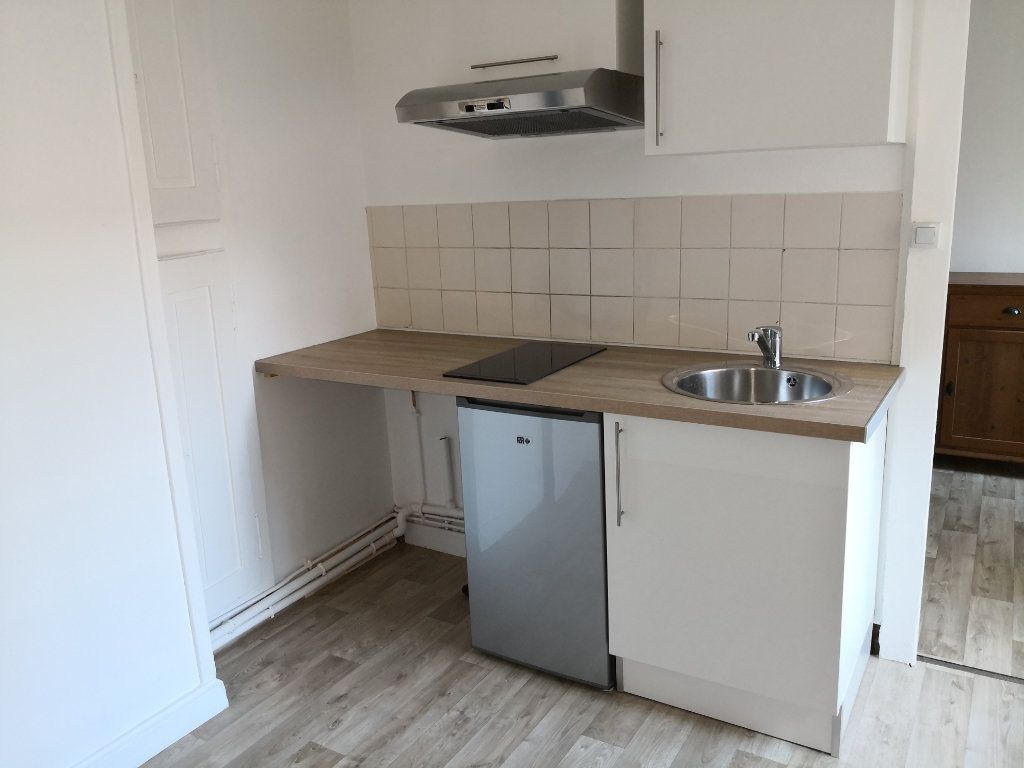 Appartement à louer 2 40m2 à Nancy vignette-2