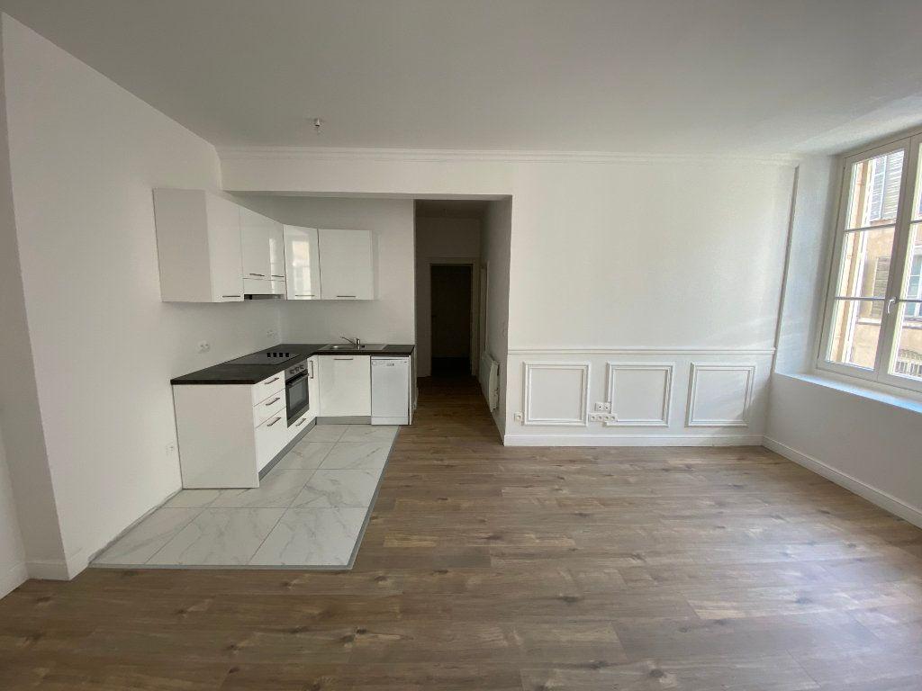 Appartement à louer 3 60m2 à Nancy vignette-3