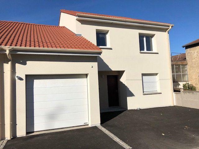 Maison à louer 5 125m2 à Maxéville vignette-1