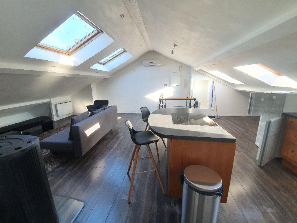 Appartement à louer 3 91m2 à Nancy vignette-1