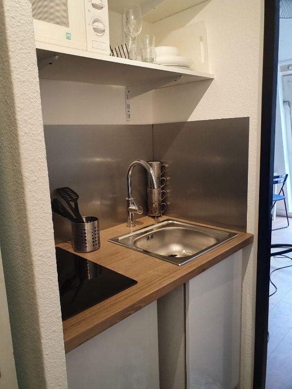 Appartement à louer 2 27m2 à Nancy vignette-8