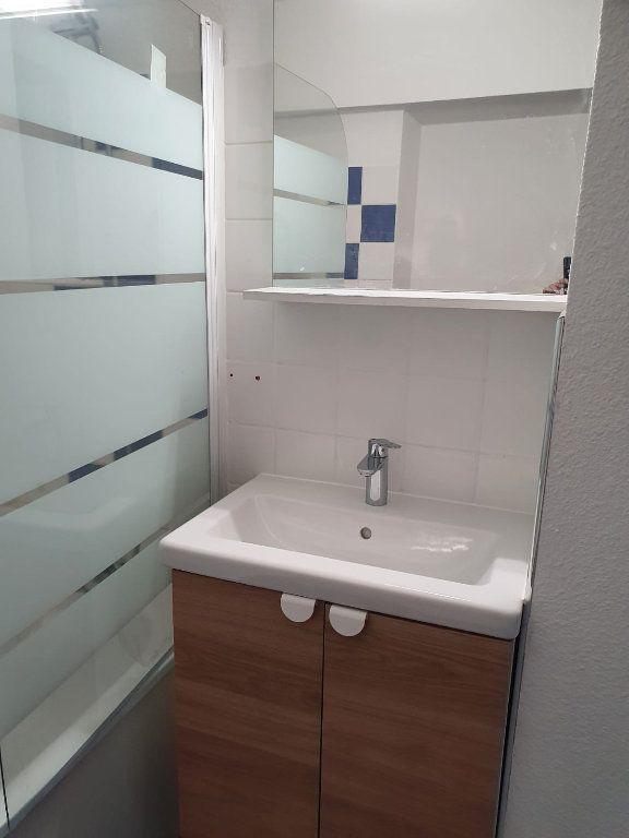 Appartement à louer 2 27m2 à Nancy vignette-10
