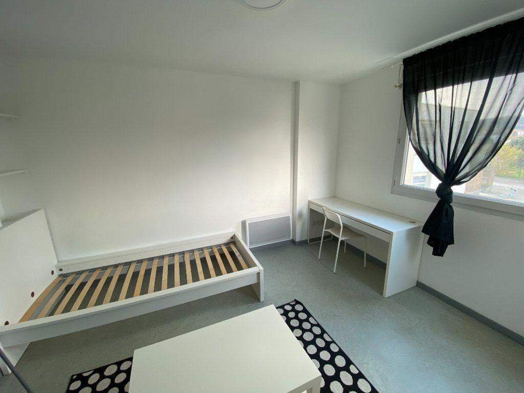 Appartement à louer 1 22m2 à Nancy vignette-2