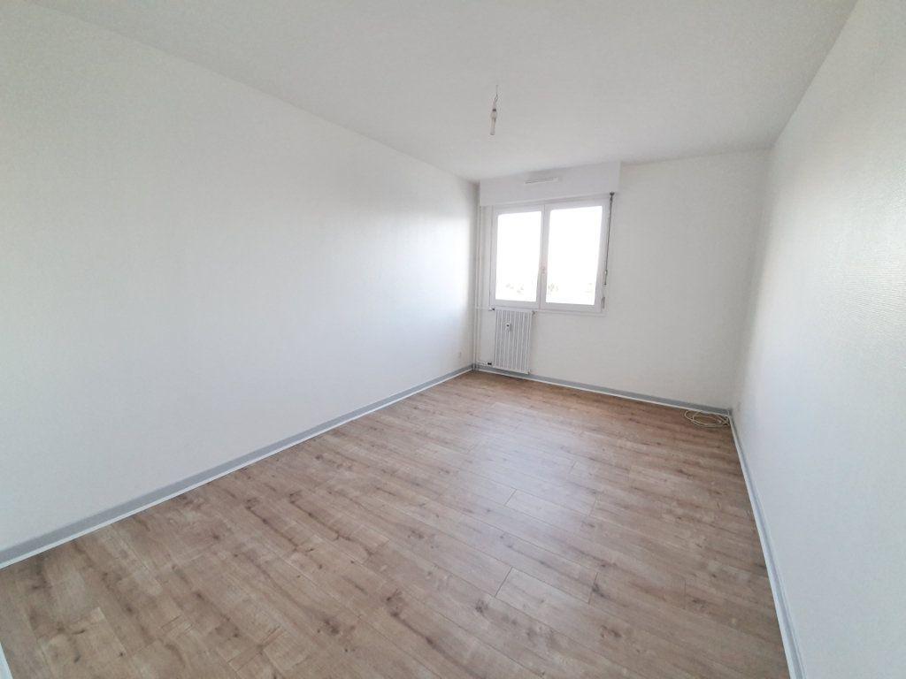 Appartement à louer 2 58m2 à Vandoeuvre-lès-Nancy vignette-4