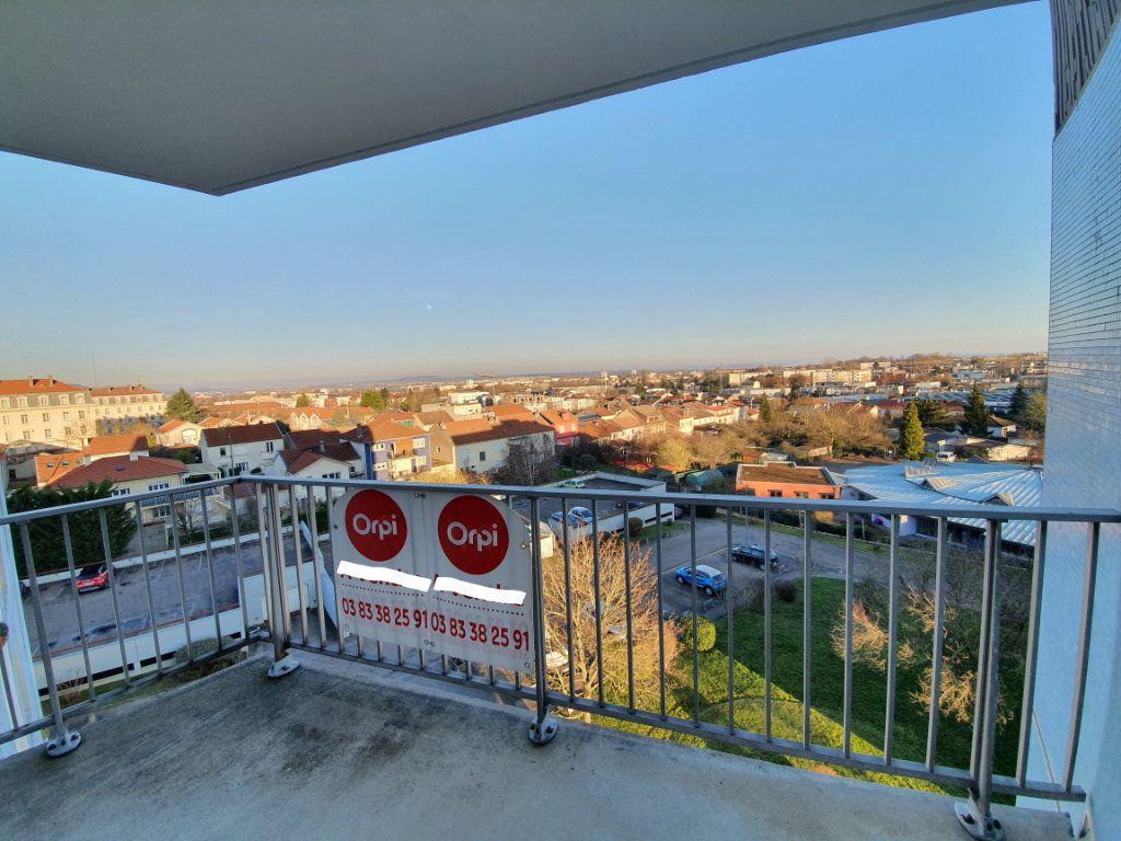 Appartement à louer 2 58m2 à Vandoeuvre-lès-Nancy vignette-5