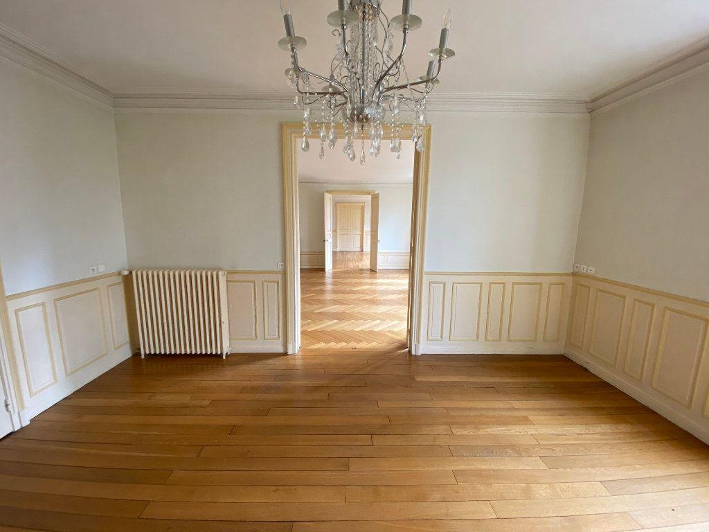 Appartement à louer 7 242m2 à Nancy vignette-4