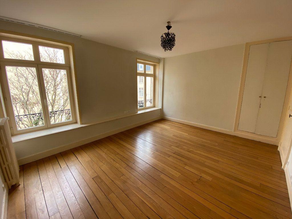 Appartement à louer 7 242m2 à Nancy vignette-14