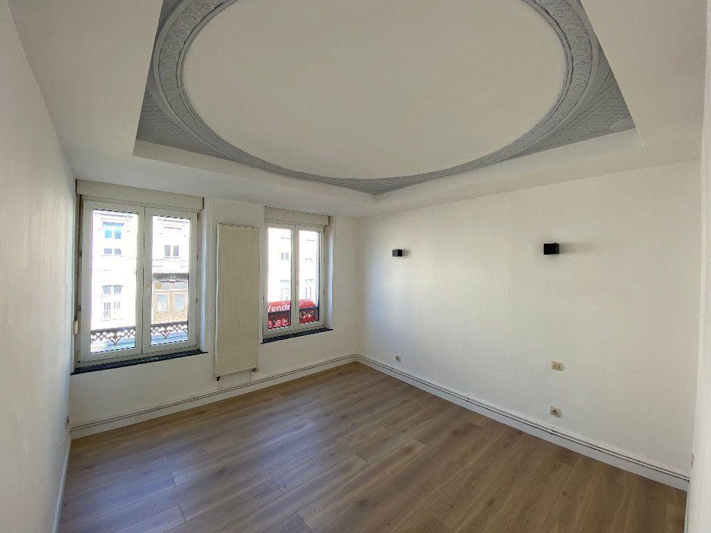 Appartement à louer 2 50m2 à Nancy vignette-4
