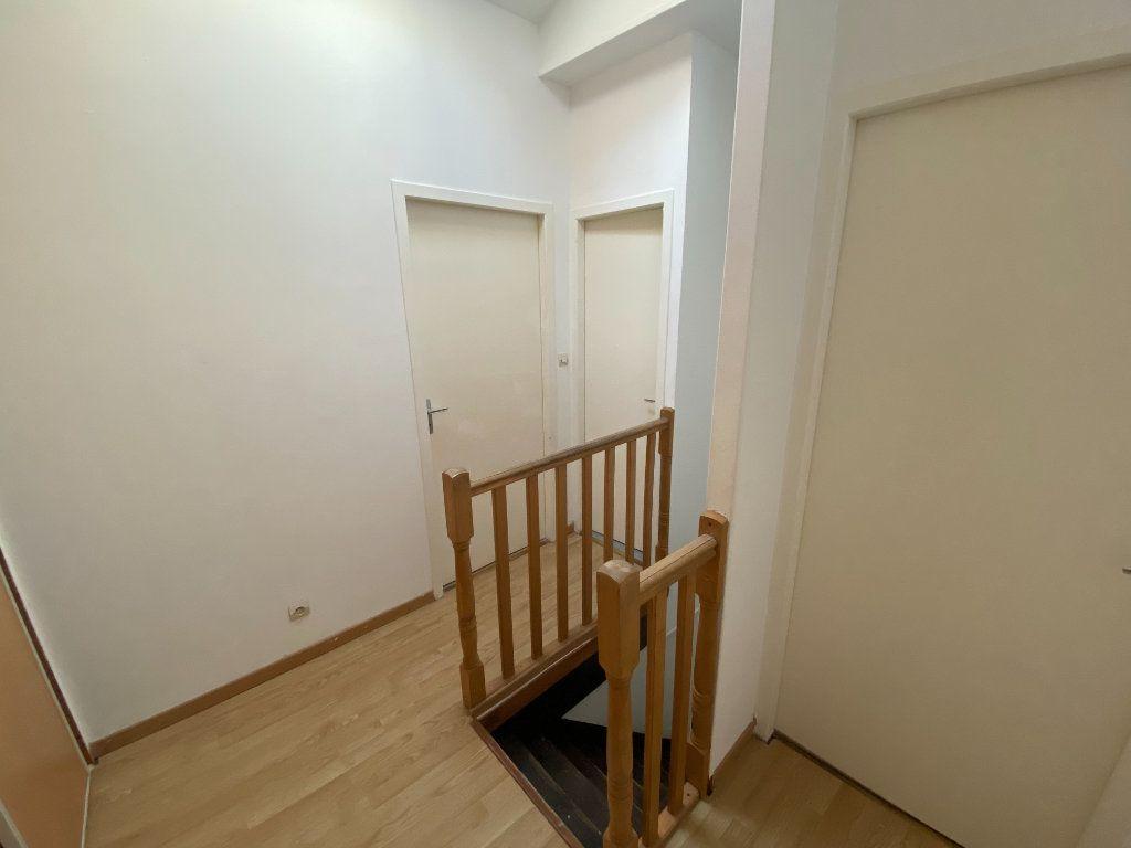Appartement à louer 4 87m2 à Nancy vignette-6