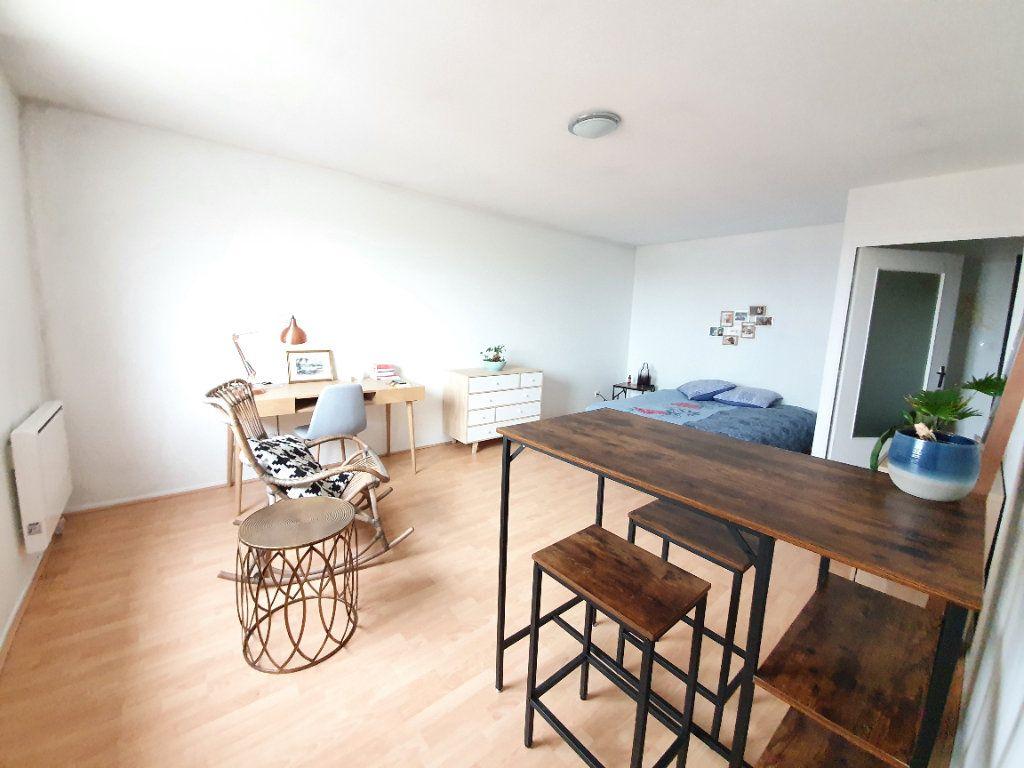 Appartement à louer 1 32m2 à Laxou vignette-2
