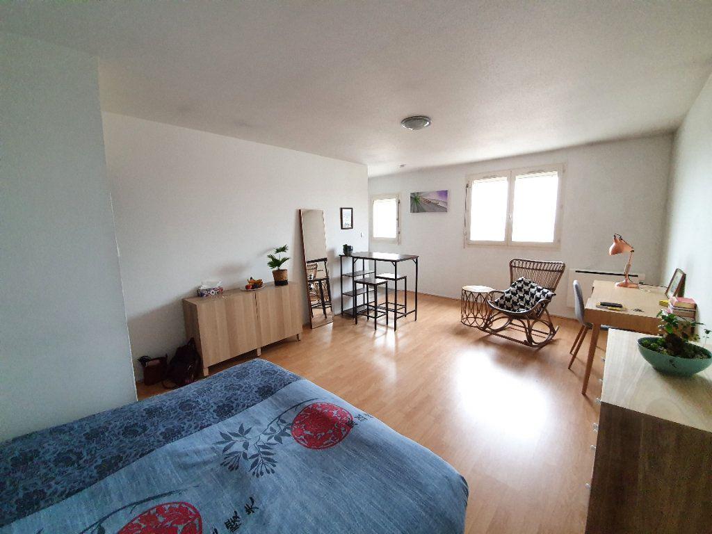 Appartement à louer 1 32m2 à Laxou vignette-3