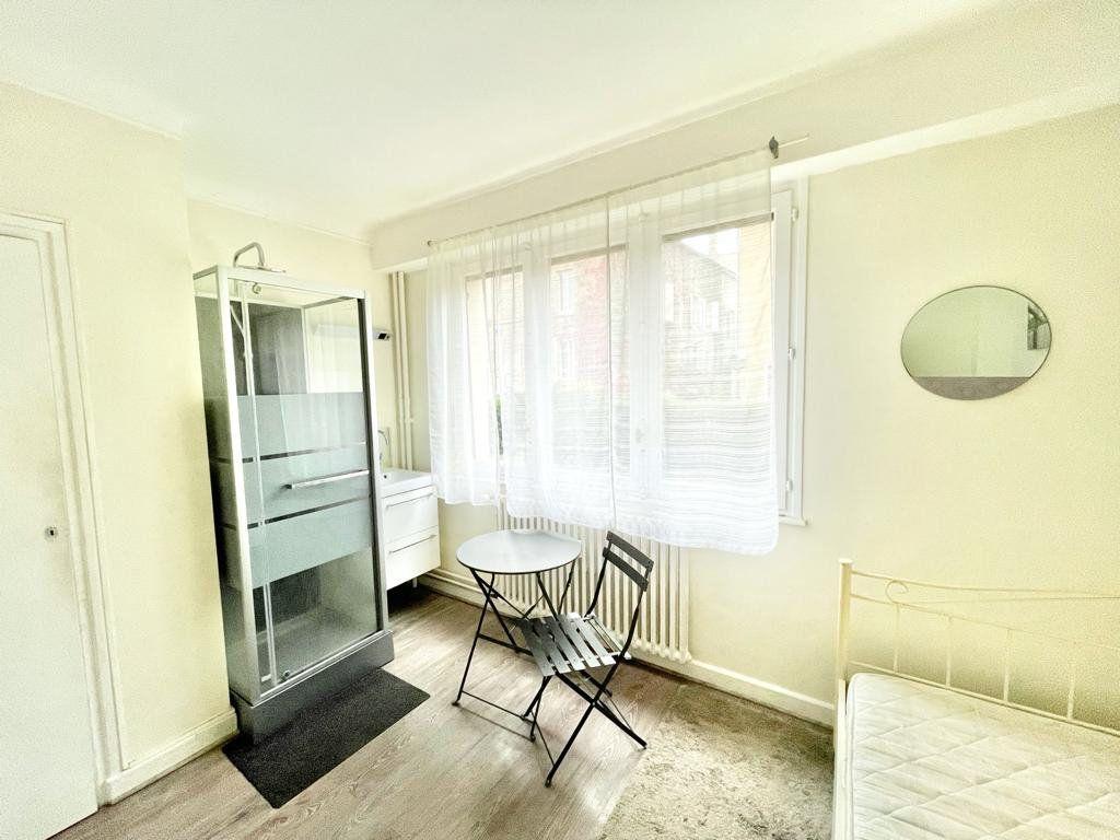 Appartement à louer 1 12m2 à Nancy vignette-2