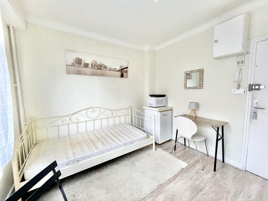Appartement à louer 1 12m2 à Nancy vignette-4