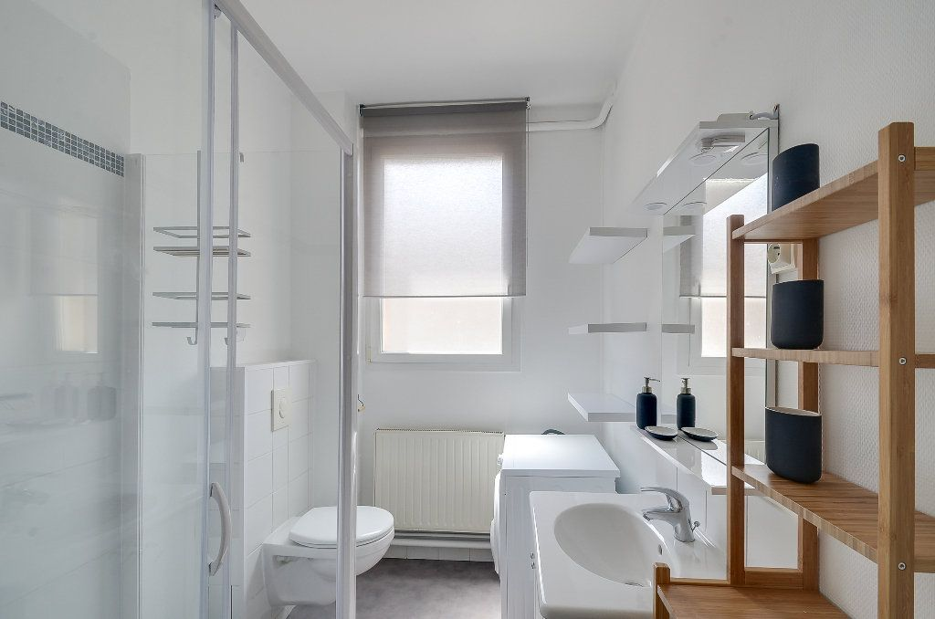 Appartement à louer 4 62m2 à Nancy vignette-5