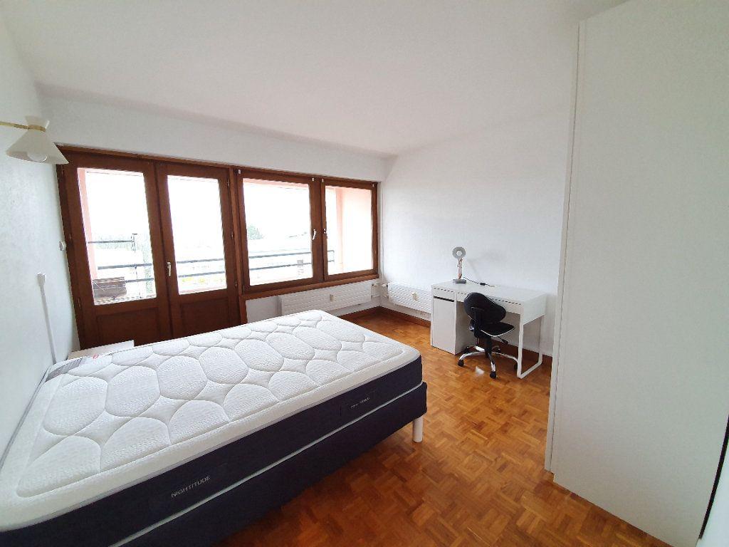 Appartement à louer 5 96m2 à Nancy vignette-2