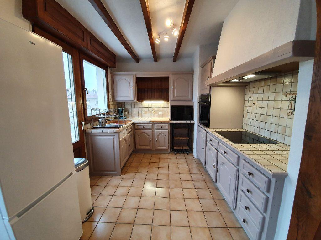 Appartement à louer 5 96m2 à Nancy vignette-4